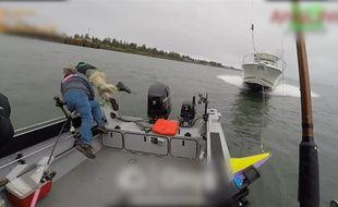 Un accident de bateau impressionnant - Le Rewind