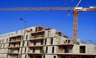 Immeuble d'habitation en construction. Le Mans, mai 2011.