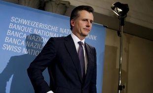 Le ministère public de la Confédération helvétique a ouvert une procédure judiciaire contre l'ex-président de la BNS (Banque nationale suisse), Philipp Hildebrand, qui travaille à présent pour le fonds BlackRock.