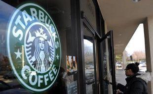 Logo Starbucks Coffee.