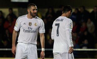 Les attaquants du Real Madrid Karim Benzema et Cristiano Ronaldo, en décembre 2015.