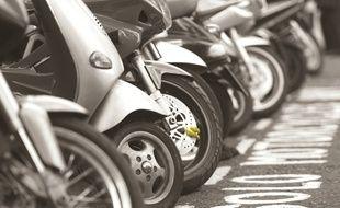 Illustration: La sécurité des scooters.