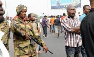 """Les syndicats ont annoncé lundi la """"suspension"""" d'une grève générale qui a paralysé le Nigeria pendant huit jours peu après une concession du pouvoir et une intervention massive des forces de sécurité."""