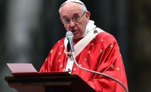 Le pape François, le 15 mai 2016 au Vatican