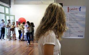 Le taux de chômage en Grèce a continué à s'aggraver au premier trimestre 2012, grimpant à 22,6% contre 20,7% au trimestre précédent, a annoncé jeudi l'Autorité des statistiques grecques (Ase).