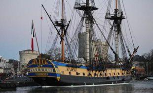L'Hermione, réplique du navire qui emmena La Fayette vers l'Amérique, le 22 février 2015 dans le port de La Rochelle