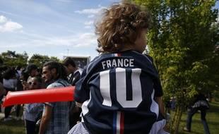 Il n'y a pas de meilleur moment que la Coupe du monde pour transmettre la passion du foot à son enfant.