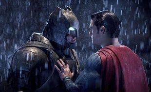 Image diffusée par Warner Bros d'une scène de «Batman v Superman: Dawn of Justice», qui a reçu huit nominations pour les Razzie Awards, le 23 janvier 2017.