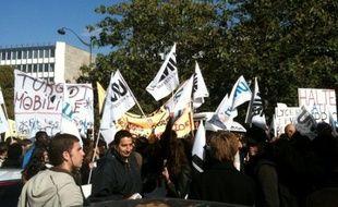 Manifestation d'étudiants devant la fac de Jussieu, à Paris, le jeudi 21 octobre.
