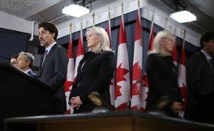 Justin Trudeau annonce l'envoi d'enquêteurs canadiens en Iran lors d'une conférence de presse à Ottawa, le 11 janvier 2019.