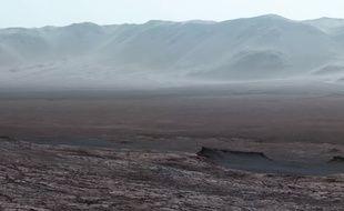 Une vue de la Planète rouge prise par le robot Curiosity.