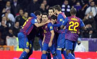La victoire méritée (3-1) du FC Barcelone contre le Real Madrid, samedi à Bernabeu, lors de la 16e journée de Liga, n'a pas seulement réaffirmé la supériorité du collectif Blaugrana sur les Madrilènes, elle a aussi relancé un championnat dont l'issue apparaît désormais plus favorable aux Catalans.