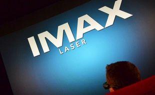 Un spectateur découvre l'Imax, à Montpellier.