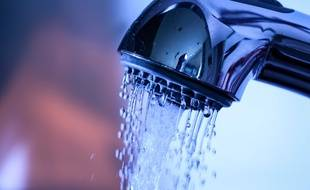 L'eau courante est reconnue comme un droit fondamental depuis les années 1990, en France.