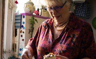 Mamie Jeanette est l'une des retraitées recrutées pour son savoir faire culinaire.