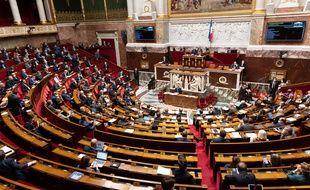 Les députés LFI ont «adressé une proposition» de saisine du Conseil constitutionnel contre l'extension du pass sanitaire «à l'ensemble de leurs collègues de l'Assemblée nationale».