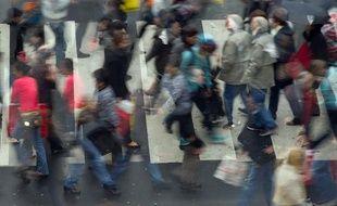 Photo d'illustration: Une foule dans la rue.
