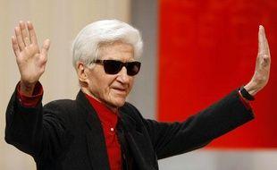Alain Resnais, 87 ans, a reçu une standing ovation. Le cinéaste a remporté le Prix exceptionnel du jury pour «les Herbes Folles».