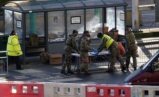 Plus de 1.000 militaires britanniques déployés pour le dépistage.