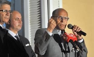 Le président tunisien sortant Moncef Marzouki (d), le 23 décembre 2014 à Tunis