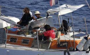Le voilier français Tanit est aux mains de pirates, au large de la Somalie, début avril 2009.