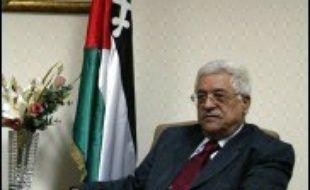 """Le Comité exécutif de l'OLP a approuvé mardi la tenue d'un référendum de sortie de crise proposé par le leader palestinien Mahmoud Abbas, qui en annoncera la date """"avant la fin de la semaine"""", ont indiqué des responsables palestiniens."""