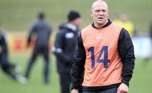 Le centre anglais Mike Tindall à l'entraînement, le 13 septembre 2011