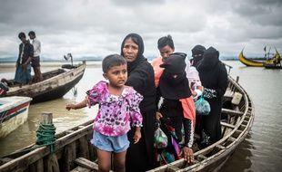 Les garde-cotes du Bangladesh ont decouvert jeudi les corps sans vie de 26 Rohingyas, parmi lesquels de nombreux enfants, dont les bateaux ont chavire alors qu'ils fuyaient les violences en Birmanie.