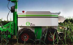 Le robot de désherbage OZ440.