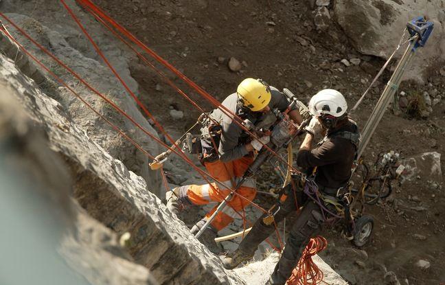Les travaux consistent à «clouer» l'ouvrage avec des tiges de 12 à 15 mètres de long.