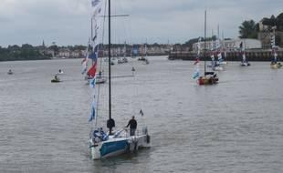 Un peu après 12 h, ce lundi, toute la flotte est arrivée avec à sa tête Michel Desjoyeaux.