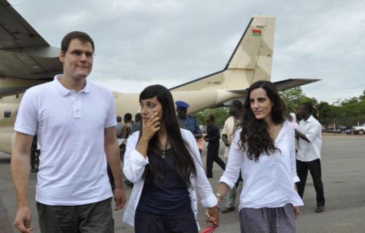 Les trois otages européens relâchés mercredi dans le nord du Mali, dont un Espagnol blessé, sont repartis pour leurs pays jeudi depuis Ouagadougou, après un accord sur la libération d'au moins un islamiste détenu en Mauritanie. – Ahmed Ouoba afp.com