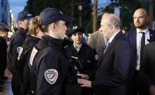 Dès sa prise de fonction, Gérard Collomb est allé rencontrer les forces de l'ordre.