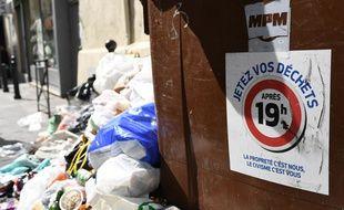 Un tas de déchets dans les rues de Marseille