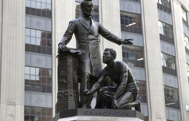 648x415 la statue representant abraham lincoln avec un esclave emancipe a ses pieds a boston