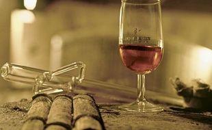 Illustration d'un verre de cognac Rémy Martin.