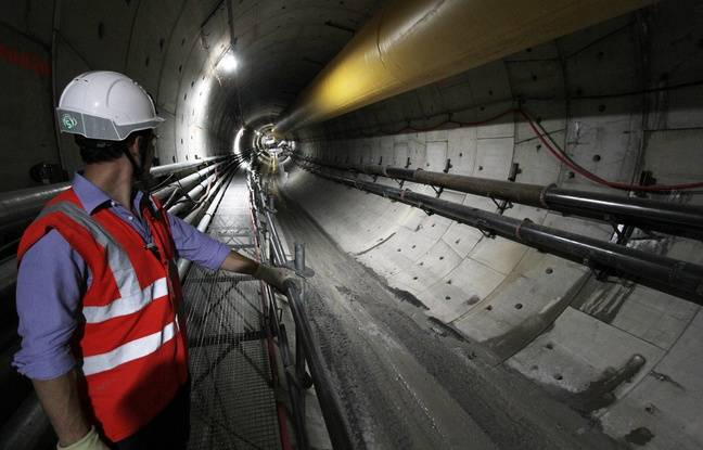 Le tunnel du tronçon souterrain de la ligne 2