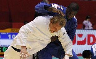 Teddy Riner lors des championnats du monde à Tokyo, face au Russe Sterkhov,le 9 septembre 2010