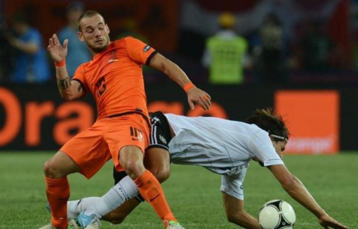 Les Pays-Bas, qui n'ont plus leur destin en mains, sont proches d'une retentissante élimination de l'Euro-2012 dimanche dans le groupe B, tandis que l'Allemagne a déjà un pied en quarts de finale et que Portugal et Danemark luttent à distance pour l'y accompagner. – Patrik Stollarz afp.com