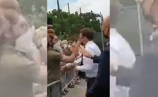 Emmanuel Macron a été giflé par un homme lors de son déplacement dans la Drôme
