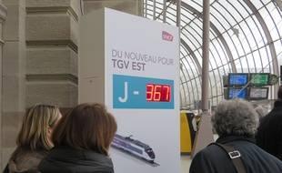 Le compte à rebours de la fin de LGV Est inauguré dans la gare de Strasbourg, le 2 avril 2015. Le 3 avril 2016, le trajet Strasbourg-Paris s'effectuera en 1h48 en TGV.