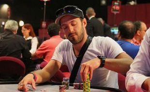 """Yorane Kerignard, alias """"Viirusss"""", a terminé sixième de l'étape de San Remo de l'European poker Tour, empochant 150.000 euros au passage, jeudi 27 octobre 2011"""