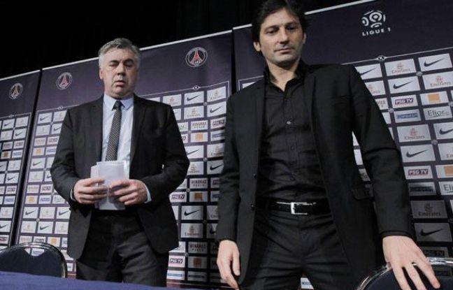Carlo Ancelotti, l'entraîneur du PSG (à gauche), avec Leonardo, le directeur sportif du club parisien, le 30 décembre 2011, au Parc des Princes.