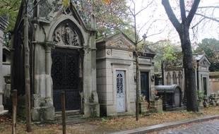 Un mausolée au cimetière du Père Lachaise