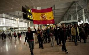 Pour dénoncer un vaste plan social, les employés de la compagnie aérienne espagnole Iberia sont appelés lundi à une nouvelle grève de cinq jours qui conduira à l'annulation de 1.370 vols, selon les syndicats et la direction d'Iberia.