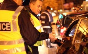 Dominique Benezeth (photo du haut), ancien gendarme et responsable de la prévention à Contralco, est très présent sur les contrôles d'alcoolémie diurne et nocturnes pour sensibiliser les automobilistes. «Il y a une prise de conscience, mais elle reste encore trop faible». A quelques kilomètres de Montpellier, Contralco fabrique les éthylotests.