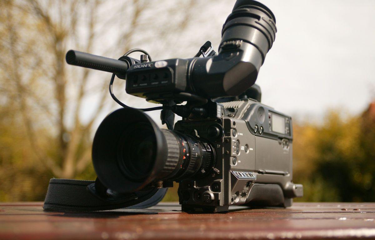 Une caméra vidéo. – Martin Foskett / Pexels
