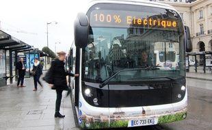 Les bus électriques Bluebus développés par Bolloré, vont progressivement intégrer la flotte de Keolis à Rennes.
