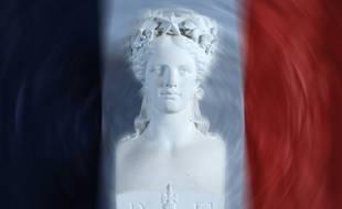 Arnac-la-Poste, Vinsobres, Plumaudan, Simplé, Cocumont, Mariol ou Bouzillé seront fières de leur identité au 14e rassemblement des communes aux noms burlesques, à Marans en Charente-Maritime