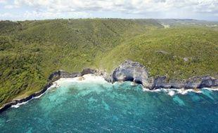 Photo aérienne prise le 14 Avril 2007 des falaises situées au nord-est de l'île de Marie-Galante